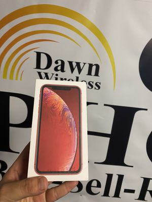 iPhone XR red unlocked for Sale in Dallas, TX