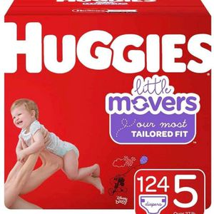 Huggies Little Movers Size 5 Diapers/pañales for Sale in Downey, CA