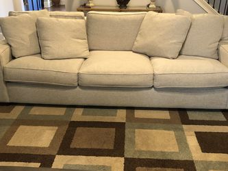 Couch for Sale in Cumming,  GA