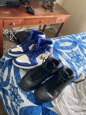 Jordan 1 and 10 for Sale in Riverview, FL