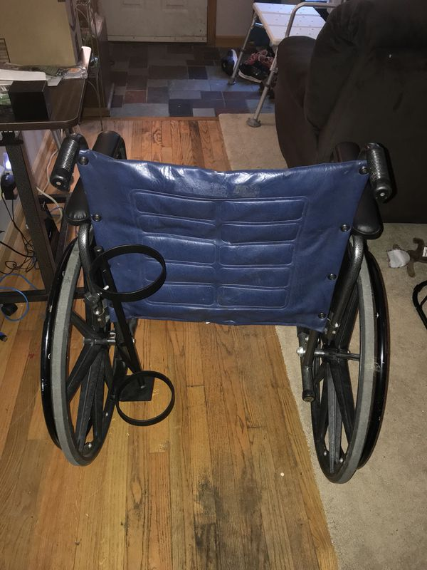 Invacare Tracer IV bariatric wheel chair