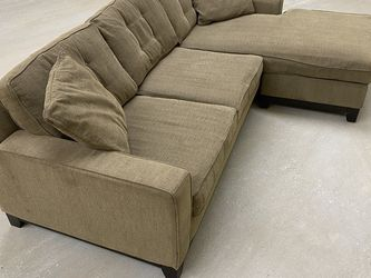 Gray Reversible Sectional for Sale in Fort Worth,  TX