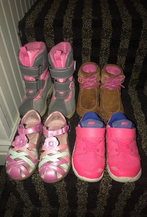 Toddler shoes size 7 for Sale in Bedford, TX