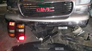 2004 GMC Yukon parts let me know what you need and we can work a deal I need this gone asap for Sale in Victorville, CA