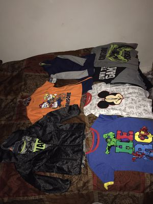 Clothes for Sale in Southern View, IL