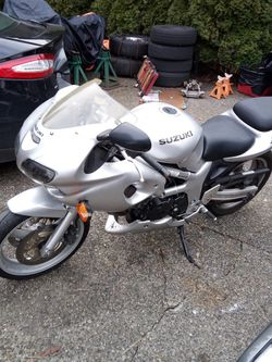2002 Suzuki Sv650 Motorcycle $2850.00 OBO for Sale in Tulalip,  WA
