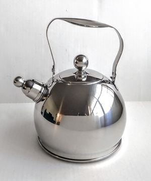 Il Mulino New York Stainless Steel Tea Kettle for Sale in Raleigh, NC