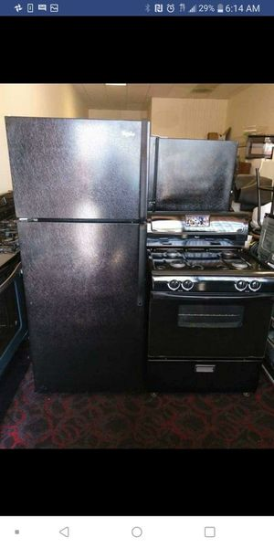 Stove and refrigerator free delivery for Sale in Los Angeles, CA