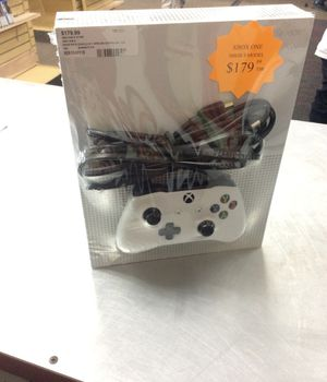 Xbox one S 500 GB model with one controller inventory code 929-154-3118 for Sale in Sacramento, CA