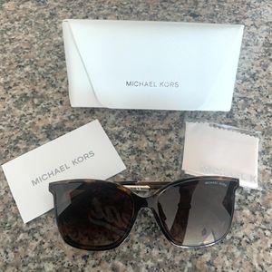 Michael Kors Sunglasses for Sale in Miami, FL