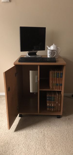 PORTABLE COMPUTER DESK! $25 for Sale in Jacksonville, FL