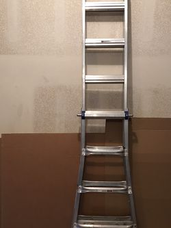 17 ft. Reach Aluminum Telescoping Multi-Position Ladder. for Sale in Happy Valley,  OR