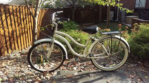 Cruiser bike for Sale in Silver Spring, MD