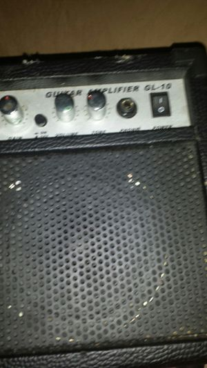 Used guitar amp for Sale in Plainville, CT