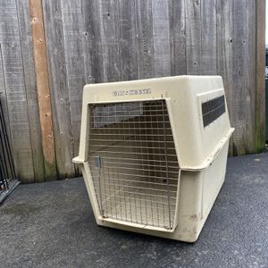 Dog Kennel for Sale in Seattle, WA