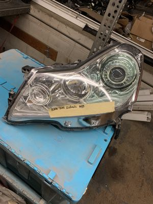 Infiniti M45 headlight for Sale in Lincolnwood, IL