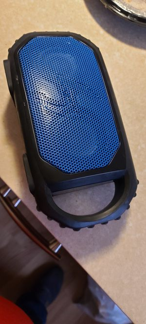 Exogear ecostone Bluetooth speaker charges your phone too for Sale in Puyallup, WA