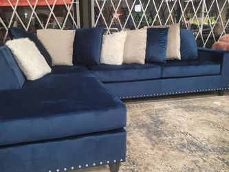 💣💣💥💥👍Cindy - Blue Reversible Sectional 😍⏰🤏🚛🎀 for Sale in Dallas,  TX