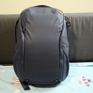 Peak Design Everyday Backpack 20L Zip V2 Midnight Color for Sale in Brooklyn, NY