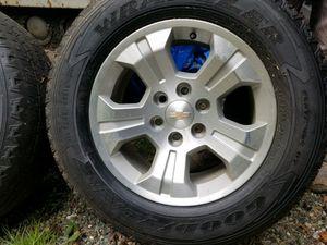 2016 Silverado wheels (Excellent condition) for Sale in Renton, WA