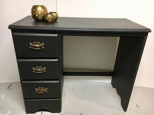 Desk for Sale in Aspen Hill, MD