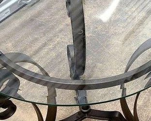 Glass Side And Coffee Table for Sale in Seattle,  WA