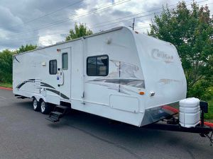 2008 Cougar 31foot travel trailer double slide In clean condition for Sale in Portland, OR