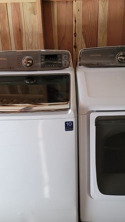 SAMSUNG WASHER AND GAS DRYER for Sale in Grand Terrace,  CA