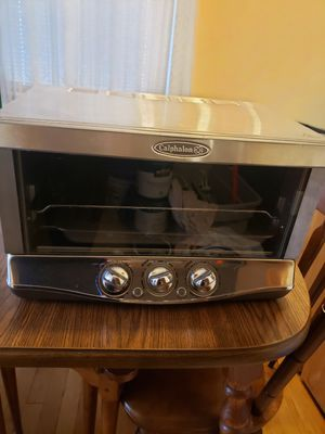 Calphalon toaster he650co for Sale in Paterson, NJ