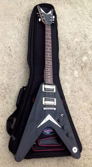 Dean V Guitar w case for Sale in Hammonton, NJ