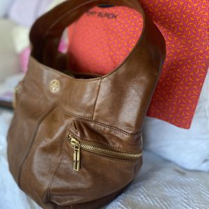 Tory Burch Leather Hobo Bag for Sale in Chicago, IL