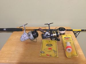 "Fishing 6' 6"" Rod plus Two Daiwa Reels . 8300A /BG15 +Free Jigs for Sale in HUNTINGTN STA, NY"