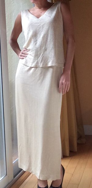 Beautiful Vintage Cream and Gold Dress for Sale in Delray Beach, FL