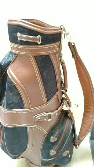 Woman's Cart golf bag for Sale in Edmonds, WA