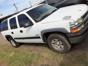 I got a suburban for sale clean title for Sale in Phoenix, AZ