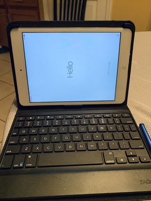 Ipad Mini 16 GB for Sale in Kissimmee, FL