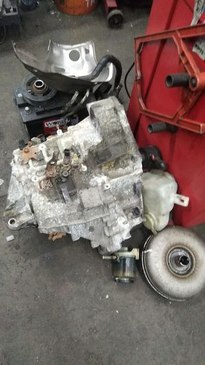 2006 toyota Camry transmission only 60k for Sale in Rockville, MD