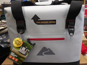 Ozark Trail 50 can Cooler Retail(68$) for Sale in Glen Burnie, MD