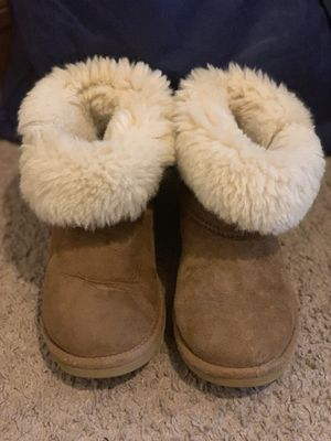 Girls Ugg Boots for Sale in Arlington, TN