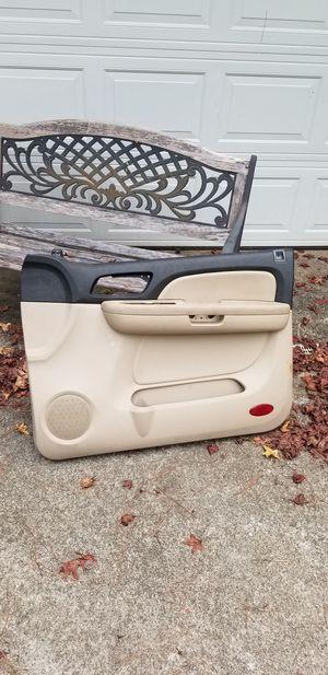 OEM 07 08 09 TAHOE Tan Right Front Interior Door Trim Panel Driver Armrest Handle for Sale in Austell, GA