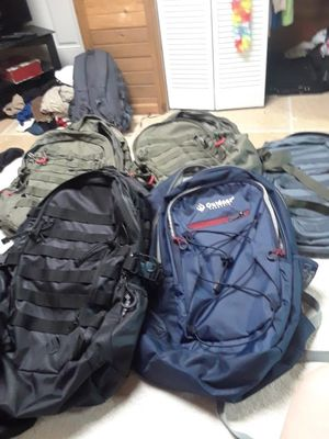 5 outdoor backpacks for Sale in Vidor, TX
