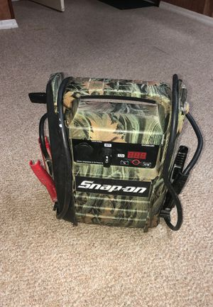 Jump start snap-on muy bueno tiene para cargar celular entra para 110v It has to charge phone and has input for 110 volts. for Sale in Silver Spring, MD
