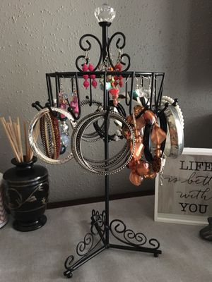 Rotating jewelry holder for Sale in Katy, TX