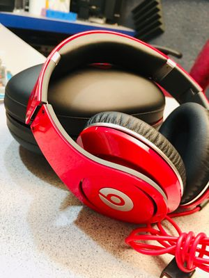 Beats by dr Dre Studio headphones for Sale in Northbrook, IL