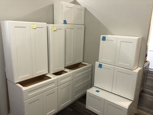 White shaker cabinets for Sale in Kent, WA