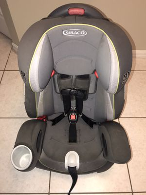 Graco Nautilus 65 3-in-1 Harness Booster Car Seat, Track Black/Gray for Sale in Pembroke Pines, FL