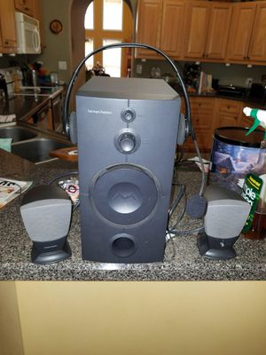 Computer or stereo speakers with headset for Sale in Marion, IL