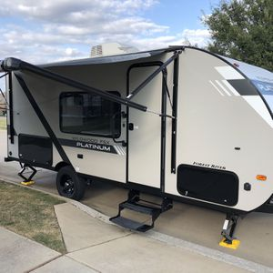 2020 Forest River Platinum 179DBK for Sale in Crowley, TX