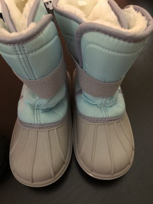 Snow boots size 12 little kids for Sale in Miramar, FL