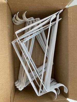 9 pieces shelf brackets for Sale in Miami, FL